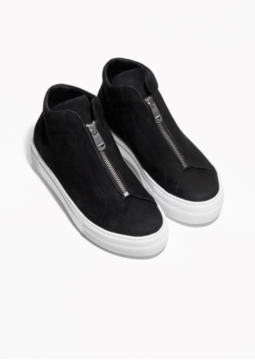 &OtherStories zip sneaker http://www.stories.com/gb/Shoes/Sneakers/Zip_Sneaker/582741-126325759.1