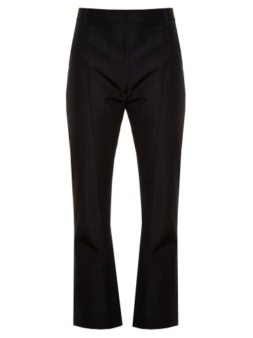 Vetements crop twill trousers http://www.matchesfashion.com/us/products/Vetements-High-rise-kick-flare-cropped-twill-trousers-1065788