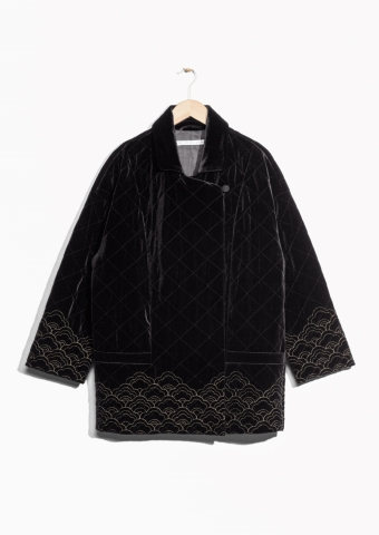 &vOther Stories velvet jacket http://www.stories.com/gb/Ready-to-wear/Jackets_Coats/Quilted_Velvet_Jacket/582949-125954830.1