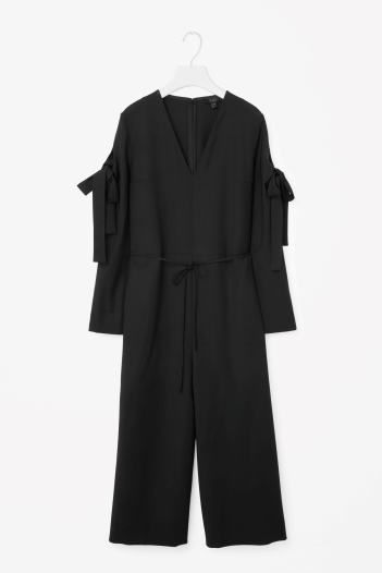 COS jumpsuit http://www.cosstores.com/gb/Women/Sale/Trousers/Jumpsuit_with_sleeve_tie/7060579-53071254.1#c-22755